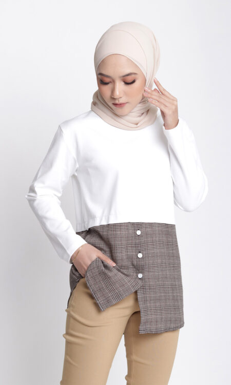 Laila Casual Top Dusty Off White
